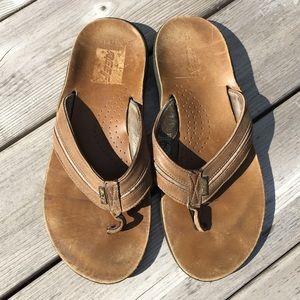 Men's REEF light brown leather flip flop sandal 12